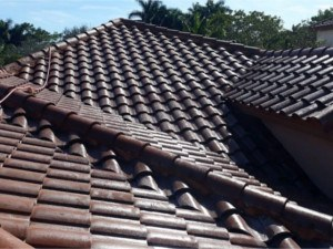 pembroke-pines-roof-cleaning