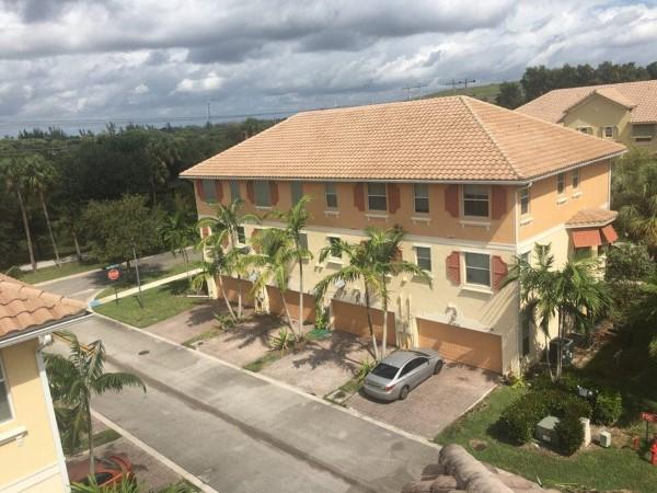 Coconut Creek, FL Roof Rleaning 3